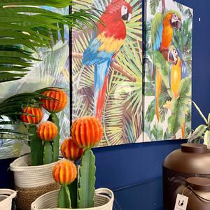 💐🦜 La primavera nos evoca naturaleza, colores florales, tonos naturales, sol y bienestar. Con nuestros productos deco podrás llevar la primavera a tu hogar. 🏡  ¿Y a vosotr@s? ¿Qué os evoca la estación primaveral? 🌸  📌 Recordad que todos nuestros productos están disponibles en nuestra tienda online. (Link en la biografía)  #tiendadeco #homedecor #homesweethome #homedecoration #spring #decoracion #decoraciondeinteriores #homedesign #decoshop